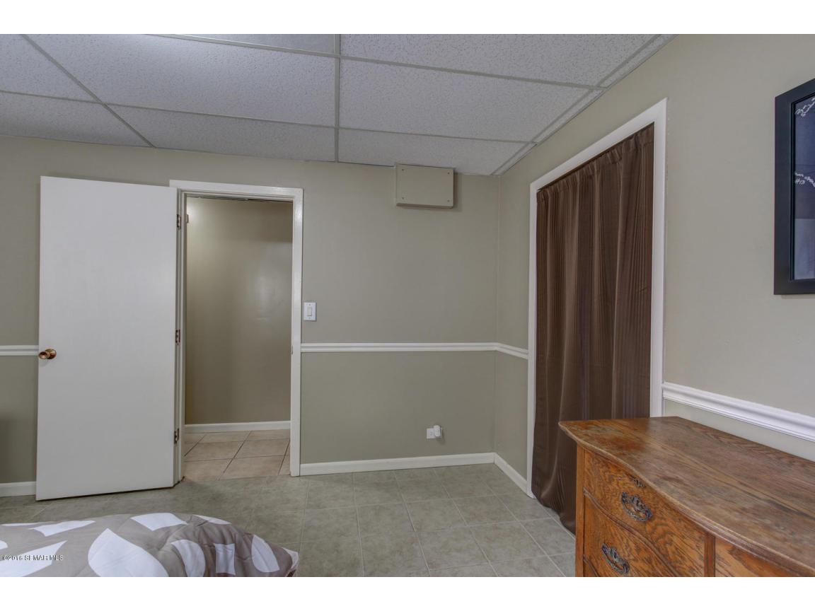 31 Bedroom 5