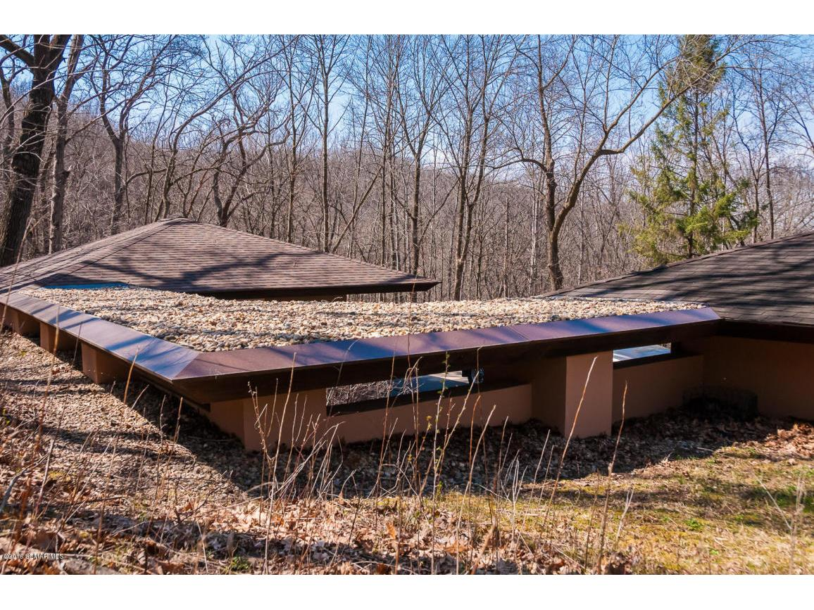 Roofline Intergrated Into The Landscape