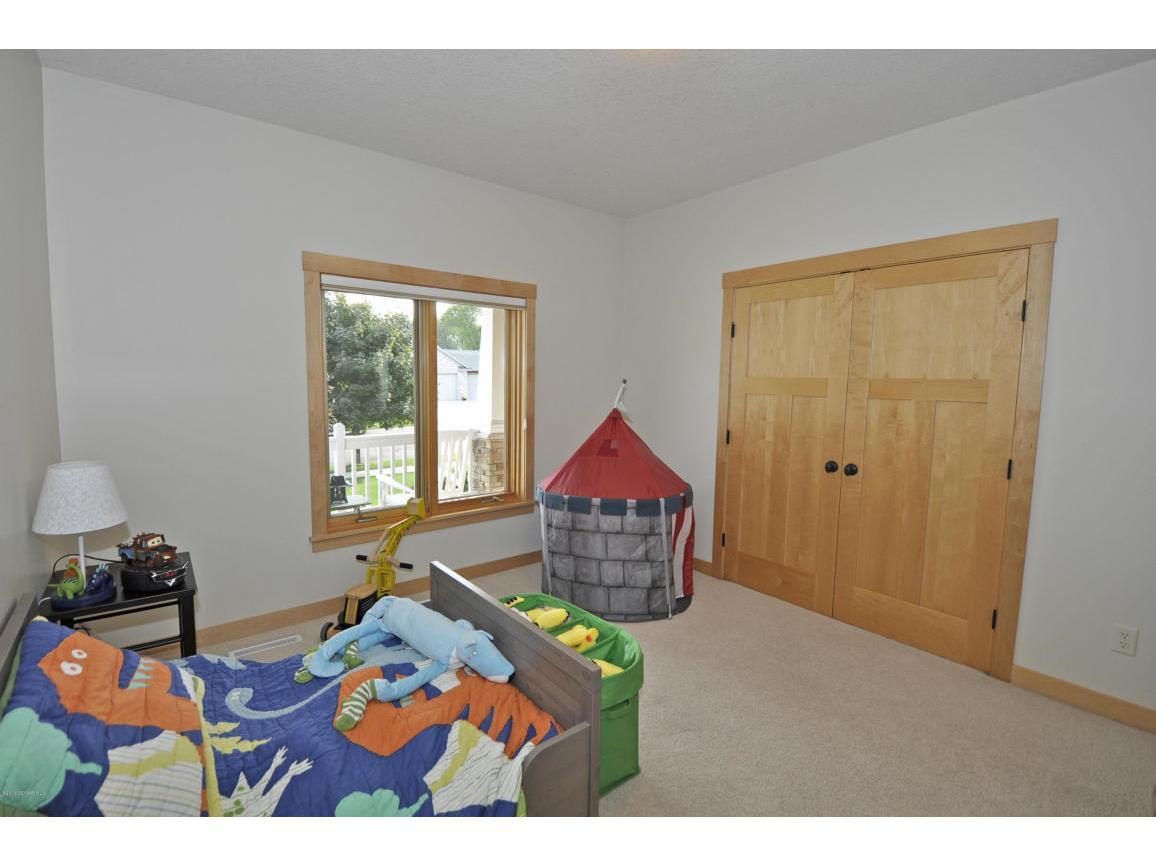 Bedroom-Main Floor