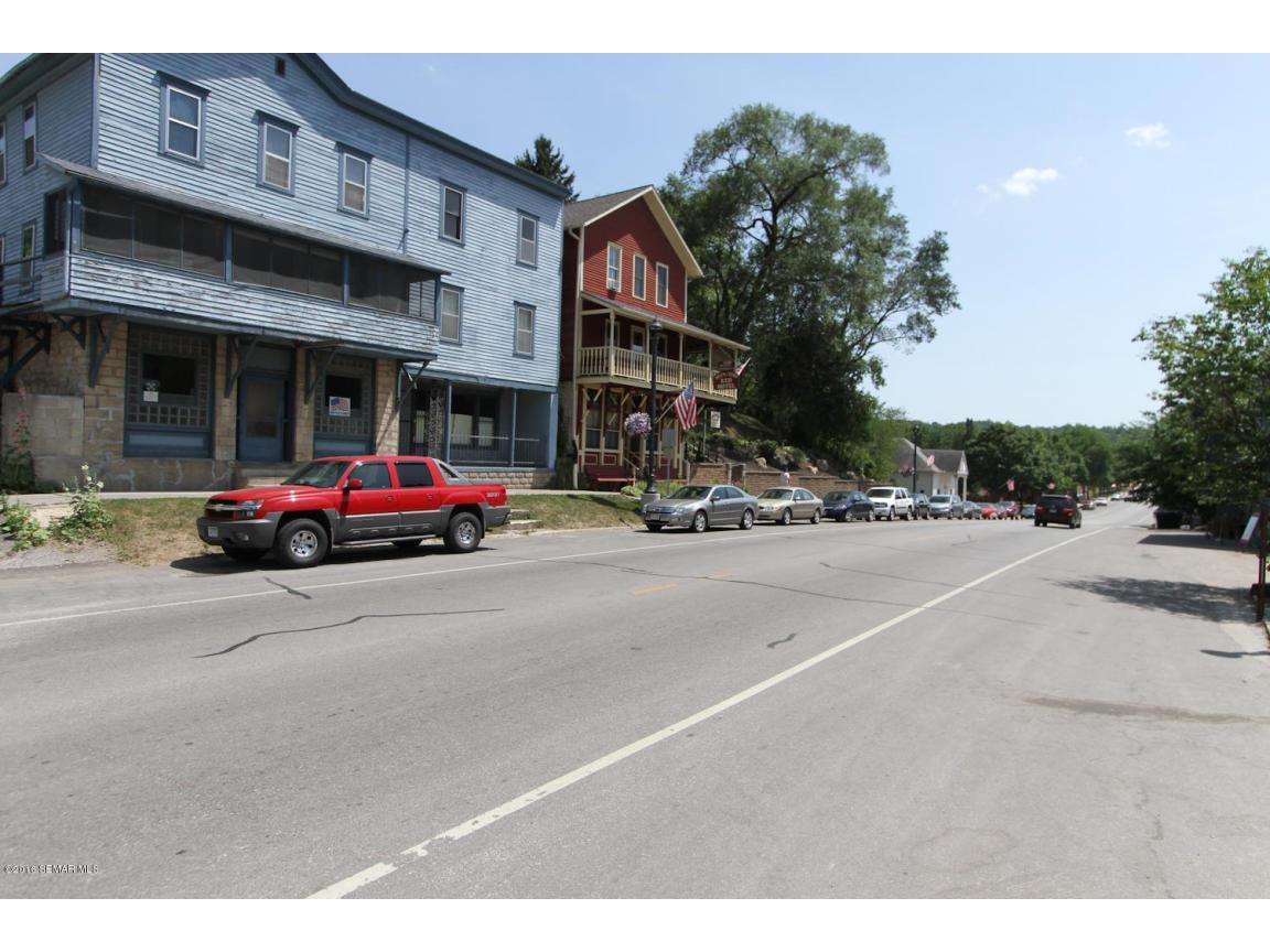 507 Fillmore Ave S Lanesboro-large-060-1