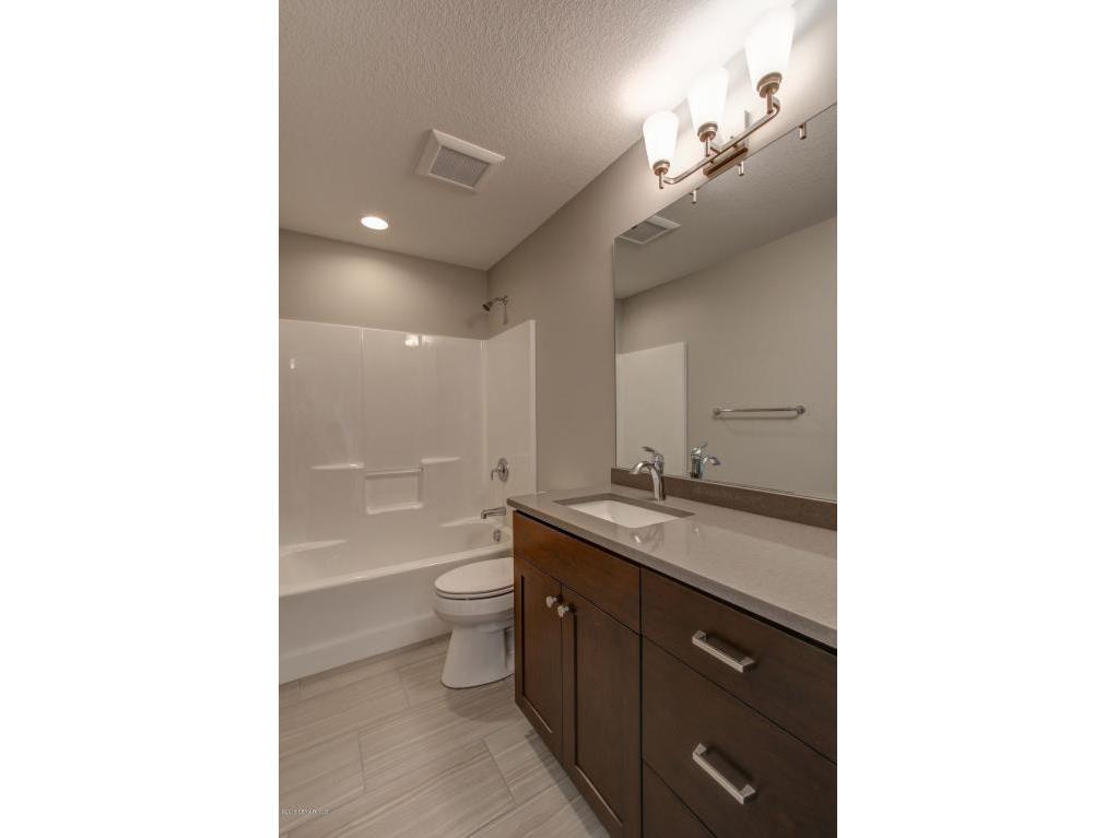 35-Bathroom