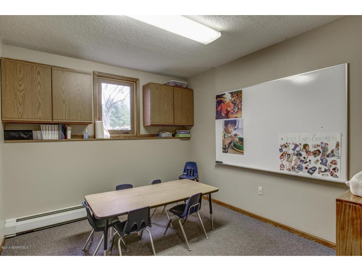 5296 54th St SE Rochester MN-large-017-2