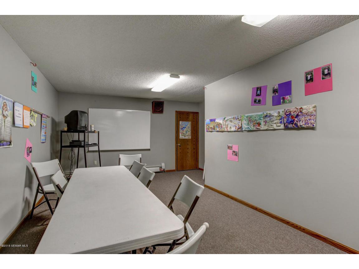 5296 54th St SE Rochester MN-large-019-1