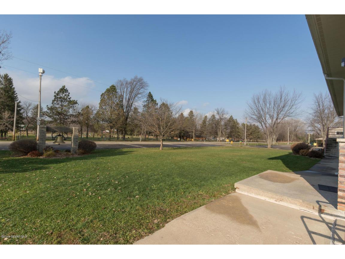5296 54th St SE Rochester MN-large-023-2