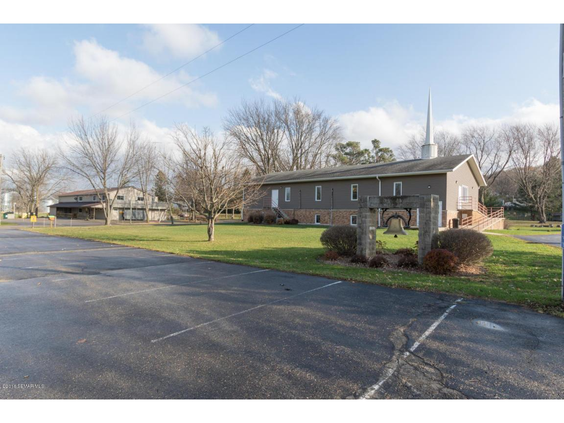 5296 54th St SE Rochester MN-large-026-3