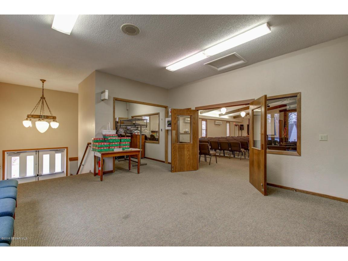 5296 54th St SE Rochester MN-large-009-1