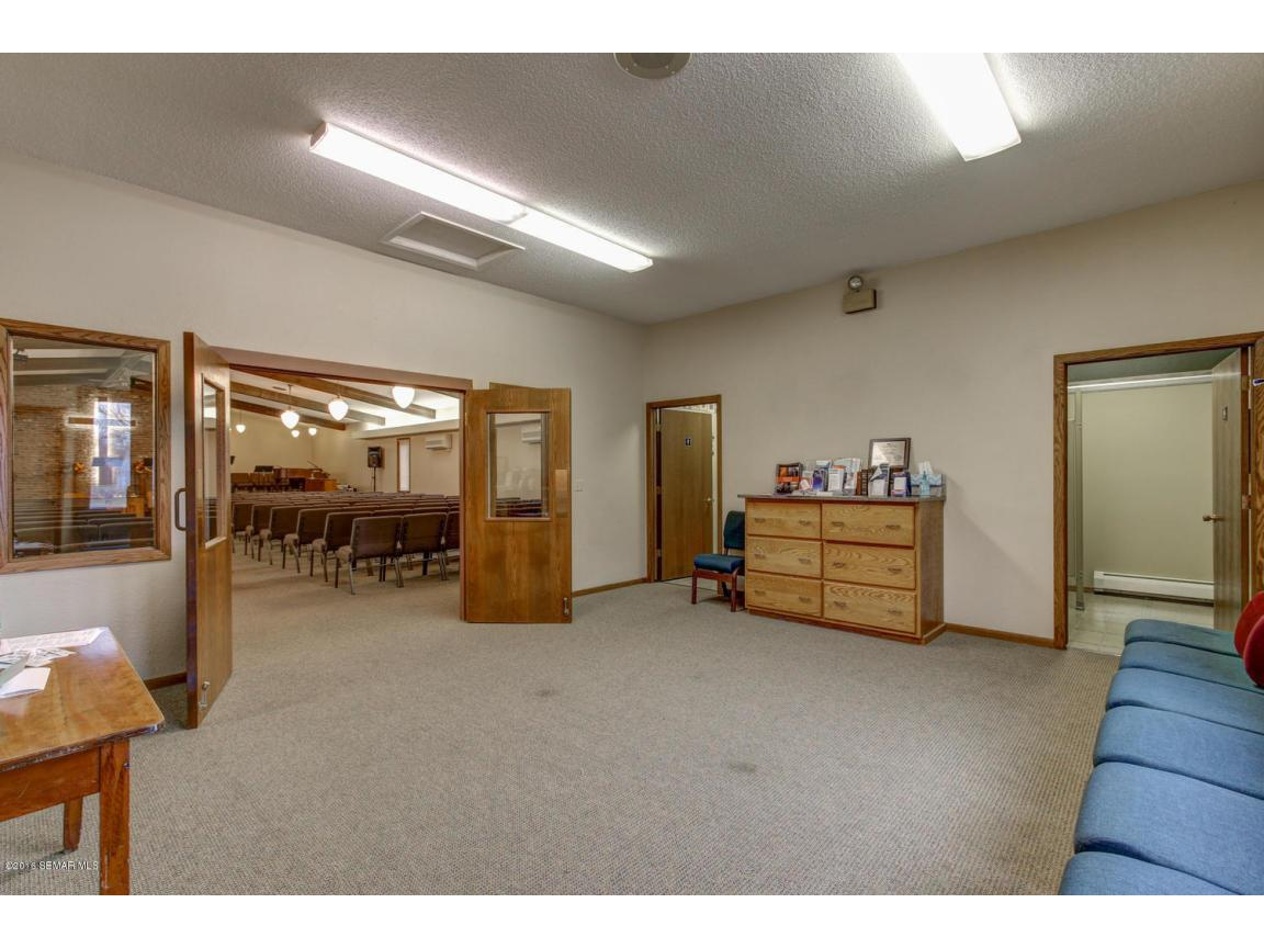 5296 54th St SE Rochester MN-large-010-6