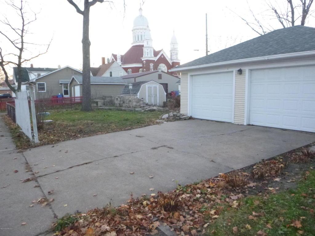 Garage entry & Rear yard