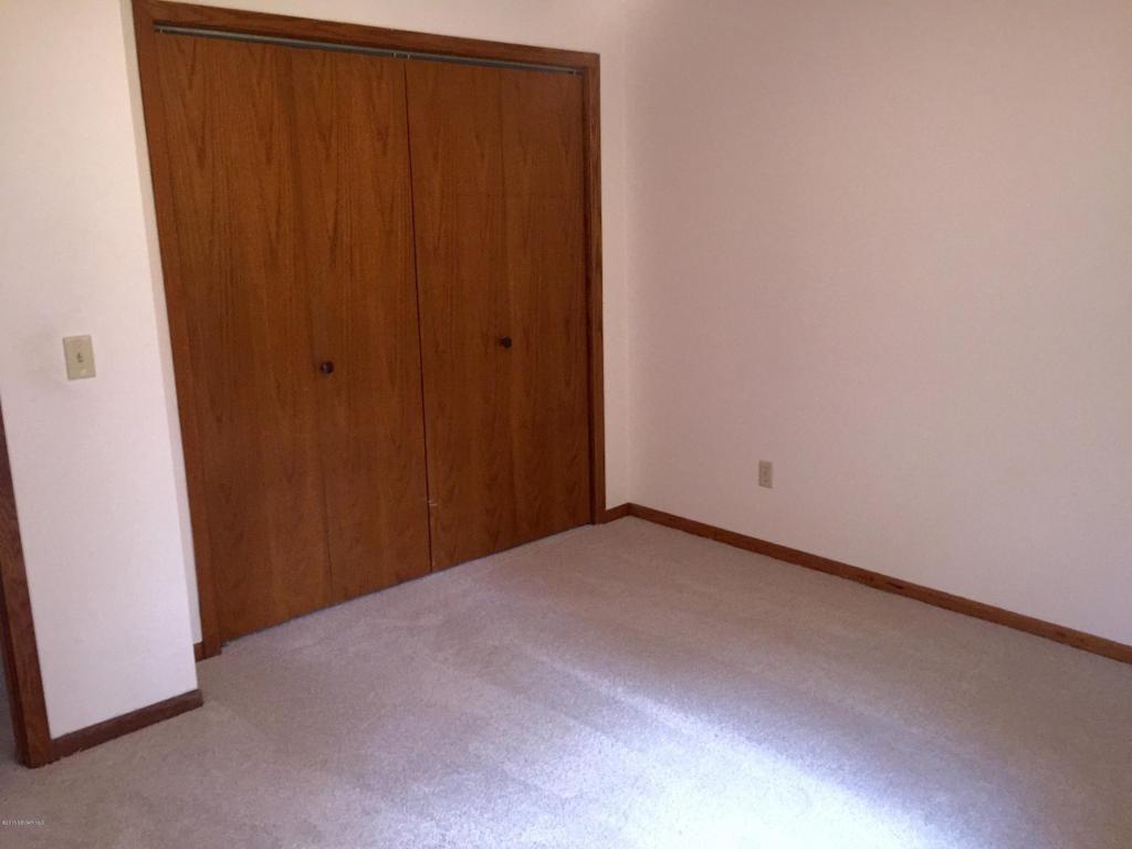 UL Bedroom 1