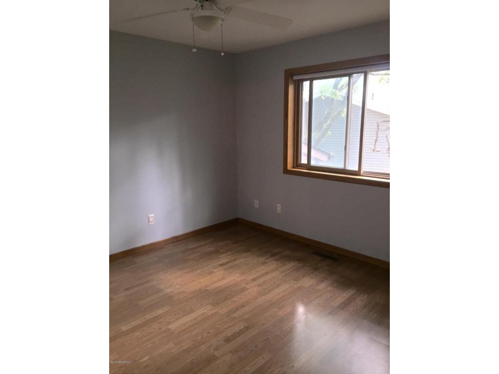 UL Bedroom 2