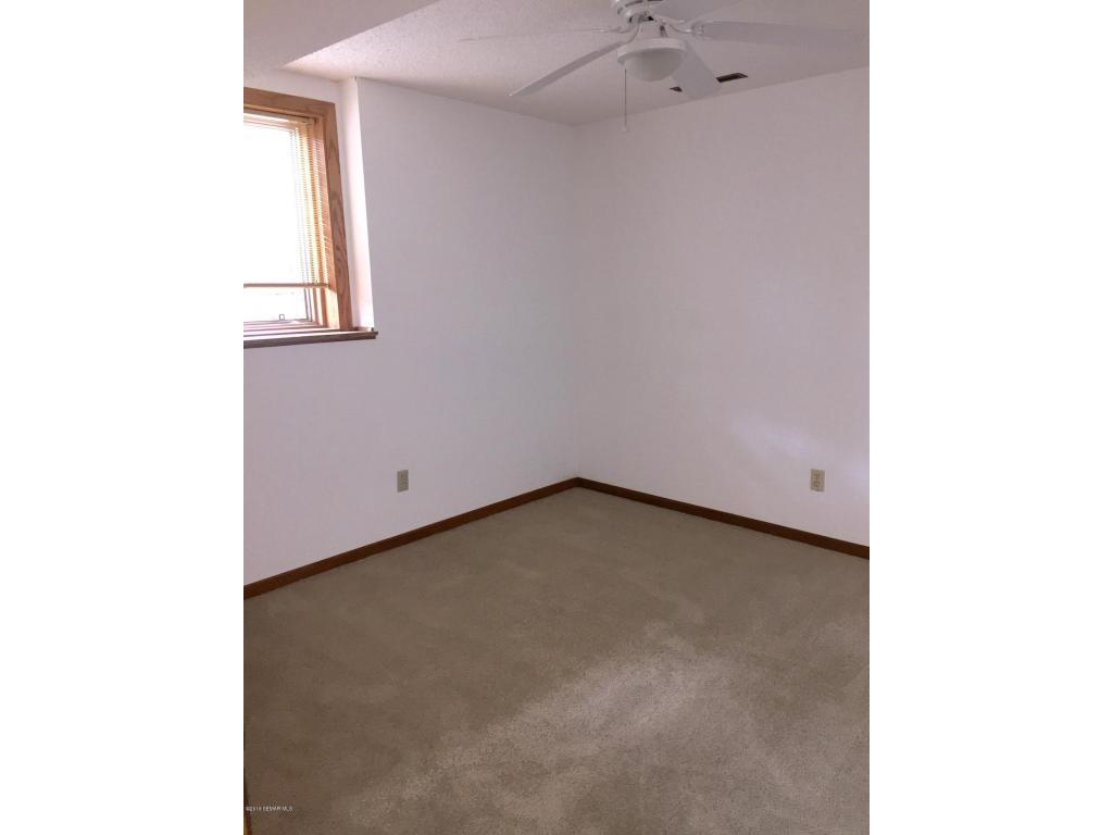 LL Bedroom 3