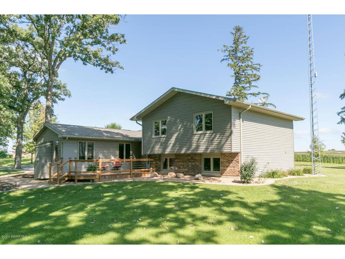 8308 10th St SE Rochester MN-large-002-1
