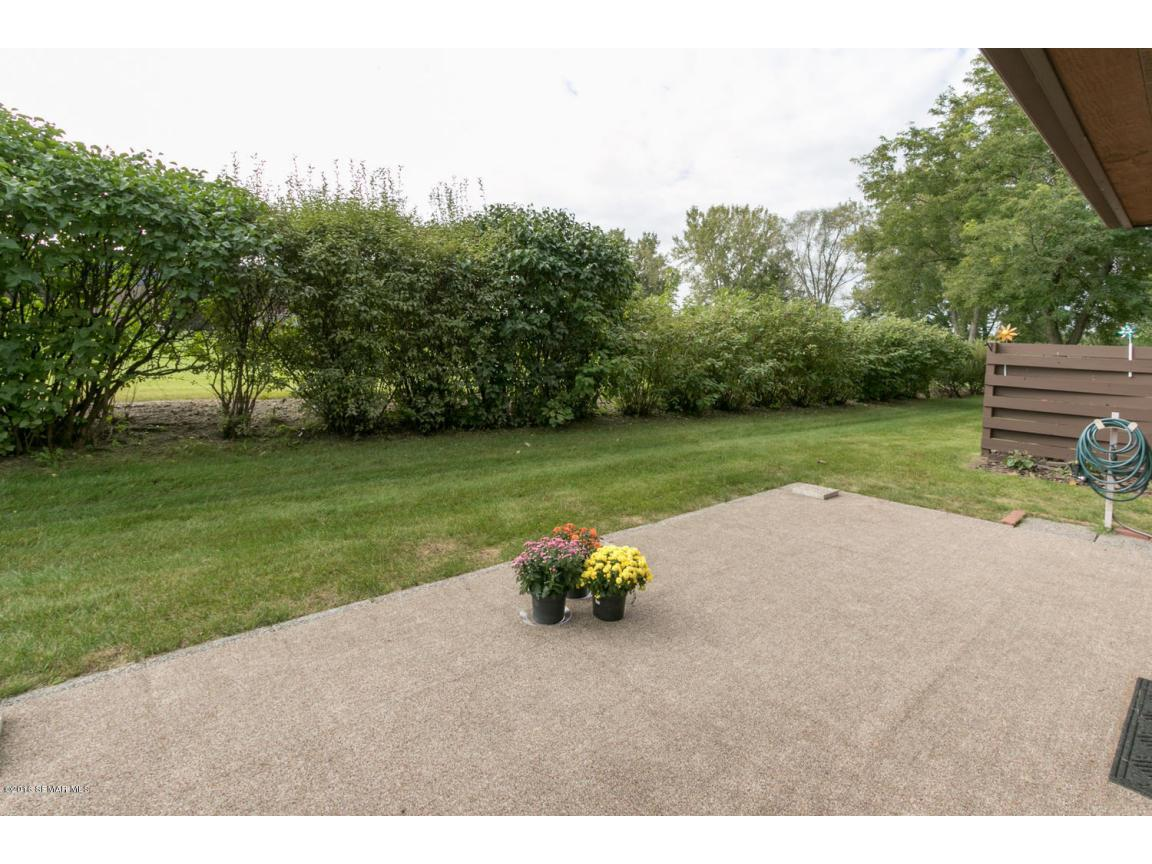 885 15th Ave SE Rochester MN-large-030-3