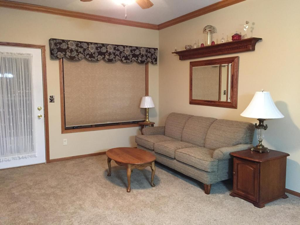 living room with Furniture 2