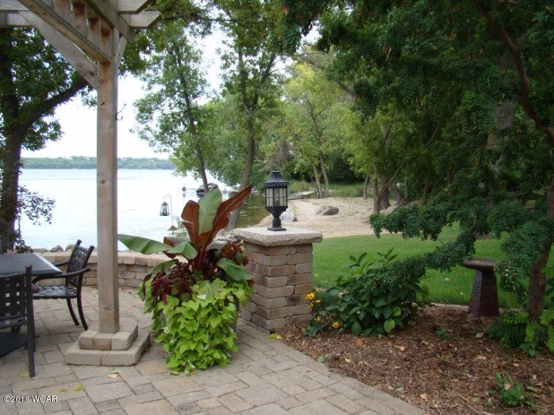 big stone city Posts about lodging written by mary hillman, ortonville drc, and vicki oakes big stone lake area chamber of commerce big stone lake  big stone city, sd 57216.