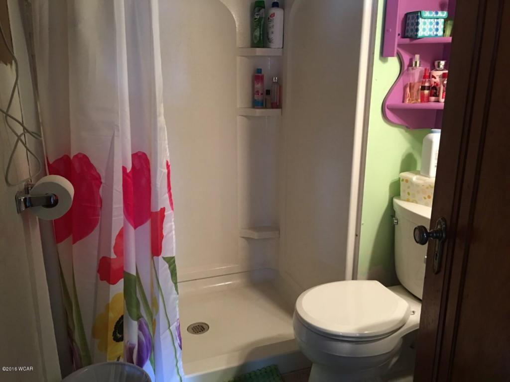 Norines bathroom